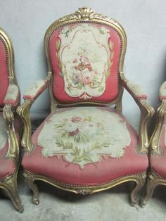 Set of four #armchairs Louis XV style in #giltwood. Flat backrest, arched and carved legs. Crossbars carved with flowers and acanthus. Covered with #Aubusson #tapestry with floral decoration and pink background. Napoleon III period, #19th century. For sale on Proantic by Antiquités Wunschel Hervé.