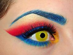 8 Amazing Superhero Inspired Eyes - Halloween make-up for women!