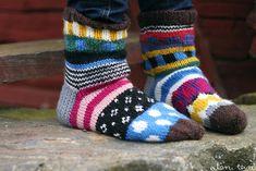 eilen tein: NEULEKAAVIOT MARISUKKIIN Crochet Socks, Knitting Socks, Crochet Yarn, Hand Knitting, Marimekko Fabric, Craft Accessories, Wool Socks, Kids Socks, How To Purl Knit