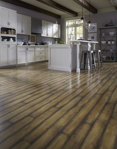 Calistoga Estate offers a French Bleed style that adds a vintage touch to your floor.