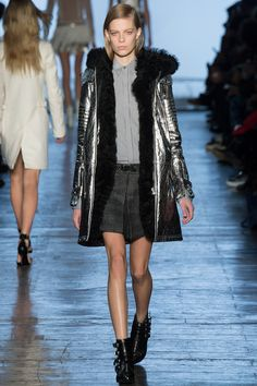 Diesel Black Gold Fall 2014 Ready-to-Wear Collection - Vogue Winter Chic, Fall Winter 2014, Fall 14, Vogue, Metal Fashion, Italian Fashion, Fashion Show, Fashion Design, Editorial Fashion
