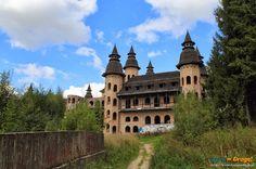 #Zamek w Łapalicach - wejście na teren zamku
