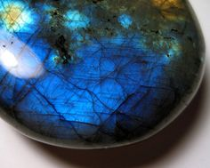Labradorite is a power stone, allowing you to see through illusions and determine the actual form of your dreams and goals. It is excellent for strengthening intuitions