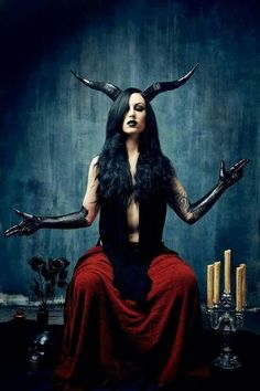 'As Above - So Below' - Baphomet. Alchemical symbol for the unification of the elements. - Pinned by The Mystic's Emporium on Etsy Dark Beauty, Gothic Beauty, Foto Poster, Arte Obscura, Baphomet, Foto Art, Dark Photography, Angels And Demons, Fallen Angels