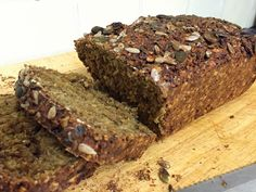 Gluten-free and vegan traditional Irish brown bread made from porridge oats. Healthy, low fat, starch-solution style bread. Perfect for breakfast and for with tea or coffee.