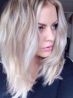 Le blond platine, c'est super tendance. La preuve en 10 photos ! - Coiffure.com
