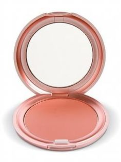Stila Cosmetics Convertible Color - Peony, it's great when I have a tan. and it works for a lot of different places. Everyone needs to invest n one Stilla Convertible color.