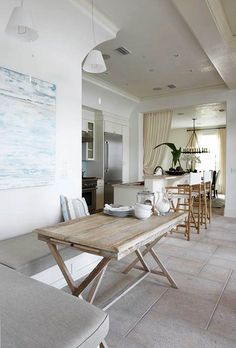 I stumbled on this house in Florida at Alys Beach. Amazing in person. This entire kitchen space opens onto a covered terrace and enclosed courtyard. Chic Beach House, Beach Houses, Seaside Home Decor, Interior And Exterior, Interior Design, Cottage Interiors, Home And Deco, Coastal Living, Coastal Homes