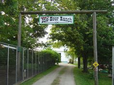 Idle Hour Ranch Entrance. troy ohio. we will be visiting here for sure!