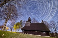 Image: Star trails (© Tomas Hulik/Caters News)