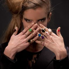Rings in 18ct gold... by Giolina e Angelo