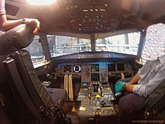 Plane, Times Square, Travel, Airplane, Voyage, Airplanes, Viajes, Traveling, Aircraft