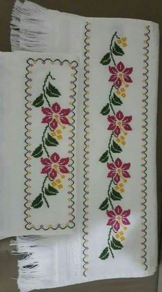 This Pin was discovered by Muk Cross Stitch Borders, Cross Stitch Rose, Cross Stitch Flowers, Cross Stitch Designs, Cross Stitching, Cross Stitch Embroidery, Cross Stitch Patterns, Embroidery On Clothes, Hand Embroidery Patterns