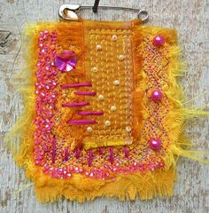 Hand Beaded Fabric Brooch | peaceofpi studio