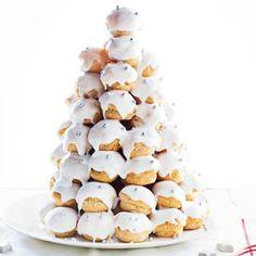 Whipped Cream Puffs with Lemon Glaz Xmas Food, Christmas Desserts, Christmas Treats, Christmas Baking, Croquembouche, Pause Café, Noel Christmas, High Tea, Let Them Eat Cake