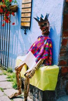 Decoraciones tradicionales para el Día de los Muertos | eHow en Español
