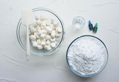 Far easier to make than regular fondant, and a tasty alternative to cover your biscuits, cakes and bakes, marshmallow fondant is a great recipe to have in your arsenal. Try this recipe and discover for yourself how delicious it can be!