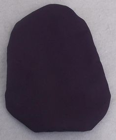 Stoma Cover made of Softtouch Crepe Very light and I don´t feel the fabric while wearing Colour: Aubergine Material: Polyester I wear this covers with Coloplast SenSura Mio 1 Piece trainable and closed. Cover, Fabric, Tejido, Tela, Cloths, Fabrics, Tejidos