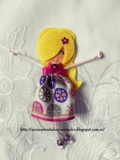 Quecas de Fieltro / Dolls felt Mod37 http://accesoriosdulcescaramelos.blogspot.com.es/search/label/Mu%C3%B1ecas%20%28Quecas%20de%20Fieltro%29