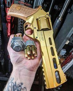 Ninja Weapons, Weapons Guns, Guns And Ammo, Armes Futures, Armas Ninja, Custom Guns, Cool Guns, Awesome Guns, Military Guns