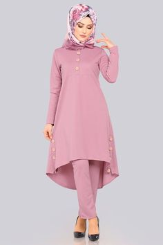 Modaselvim 69 TL Button Detail Combination with Slits Powder - Kadın giyim Women's Dresses, Stylish Dresses, Simple Dresses, Abaya Fashion, Fashion Dresses, Winter Rock, Hijab Style Dress, Muslim Women Fashion, Sleeves Designs For Dresses