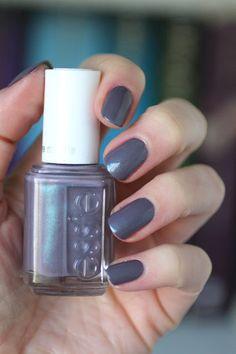 Essie Coat Couture (Cashmere Matte) : Wear Test & Secret to Making It Last Longer || Essie Envy