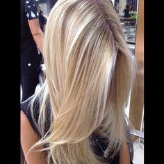 """""""#regram #latergram @sarahairdesigner ! Meninas, não cortei o cabelo não! Na foto anterior estava dentro do colete, amo usar assim! E ontem foi dia de…"""""""