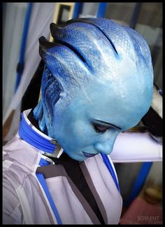 Mass Effect Cosplay So Good You'll Think It's From A Movie