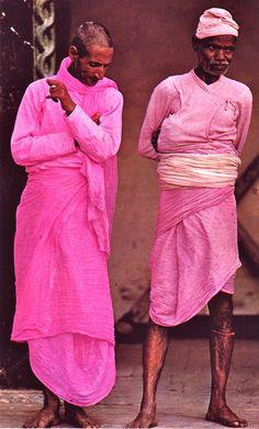 Nepal, de Arthur Durst, Silva, Zurich,1966. Pink hot color colour inspiration ideas wedding fashion beautiful things | Stories by Joseph Radhik