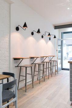 Ideas Small Cafe Seating Ideas Stools For 2019 Coffee Shop Interior Design, Coffee Shop Design, Restaurant Interior Design, Coffee Cafe Interior, Small Restaurant Design, Café Design, Deco Design, Home Design, Design Ideas