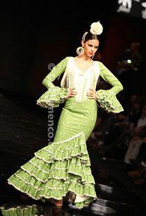 Nuevo Montecarlo- Trajes de Flamenca - SIMOF 2011