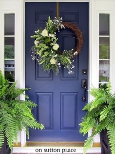 A nice decoration designed for front doors. This wreath