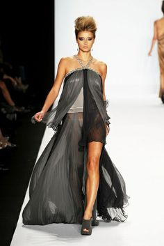 project runway mykeal   Michael Costello....project runway   From Mom