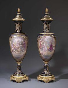 Pareja de jarrones de Sevres  Siglo XIX
