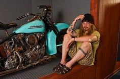 16 Wicked Celebrities That Ride Motorcycles