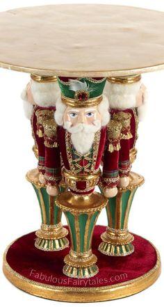 Traditional Christmas Tree, Elegant Christmas, Victorian Christmas, Christmas Holidays, Nutcracker Christmas Decorations, Xmas Decorations, Christmas Ornaments, Nutcracker Ornaments, Christmas Inspiration