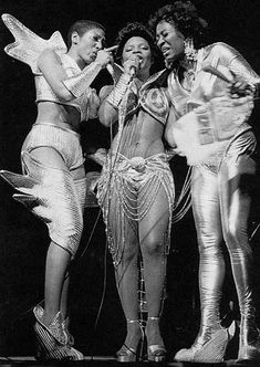 Labelle def has a punk/glam vibe.The group consisted of Nona Hendryx, Sarah Dash & Patti Labelle. Music Icon, Soul Music, Jazz Music, Indie Music, Divas, Chelsea, Vintage Black Glamour, Vintage Beauty, Old School Music