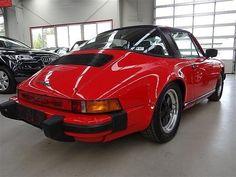Dieses Porsche 911 Targa Cabrio von 1982 gibts bei der Vermietung Schratzenthaller (oldtimer-verleih.at) aus Wien.