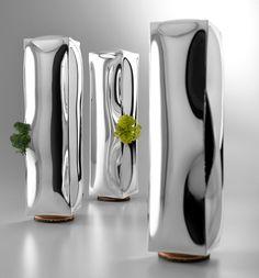 4p1b: 273 frozen water vases for de vecchi