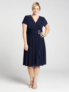 Laura Plus: for women size 14 . An easy-to-wear shape and comfortable fabric intersect in this gorgeous dress. Boasting the ultimate desk-to-dinner silhouette, the crossover bust and ruched waist will hit you in all the right places. Throw...5010103-8412