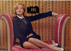 Romy in den Sechzigern Romy Schneider, Sissi, Hollywood Stars, Old Hollywood, Chanel, Passion, French Actress, Paris, Mannequins
