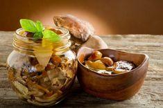 Nakládáme houby | G21-Vitality.cz Pesto, Stuffed Mushrooms, Pudding, Chicken, Vegetables, Desserts, Fitness, Pump, Stuff Mushrooms