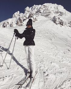 Photo by to Choose a Powder Ski Skiing in deep snow is a lot mo Mode Au Ski, Ski Bunnies, Ski Season, Snow Skiing, Winter Pictures, Winter Photography, Travel Photography, Ski And Snowboard, Snow Fashion