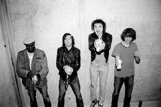 D'Oasis à Nirvana en passant par New Order et Fat White Family, Roger Sargent a immortalisé tous les grands noms du #rock anglo-saxon. Retrouvez son interview sur le site de #FisheyeLeMag !