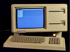 30 years of the Apple Lisa and the Apple IIe Computer Technology, Computer Programming, Energy Technology, Technology Gadgets, Apple Iie, Old Computers, Apple Computers, School Computers, Computer Equipment
