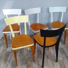 Les chaises sont en ligne! 👉 perlesdechine.com #chaisesvintage