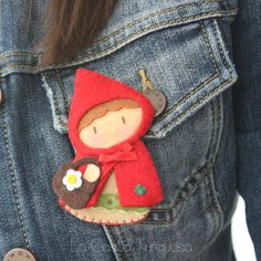 caperucita roja / red riding hood pin by La Casita Turquesa
