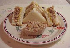 Cretons au dindon (ou au poulet) haché de Melam - C'est une petite recette toute simple. Je fais mes cretons au porc de cette façon et j'ai changé le porc pour du dindon et parfois aussi je les ... Brunch, Mets, French Toast, Breakfast, Charcuterie, Christmas Recipes, Simple, Food, Passion