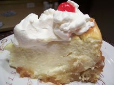Copycat recipe - Cheesecake Factory's Pineapple Upside Down Cheesecake  #copycat