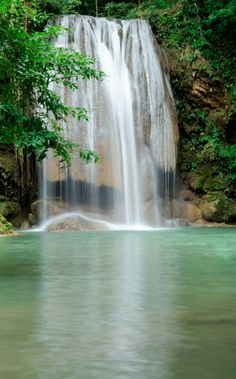 romantic waterfalls | Most Romantic Heavenly waterfalls around the world